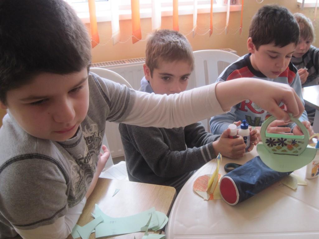 """""""Coşuleţul de Paşte"""" - activitate în parteneriat cu Şcoala Gen. nr. 15"""
